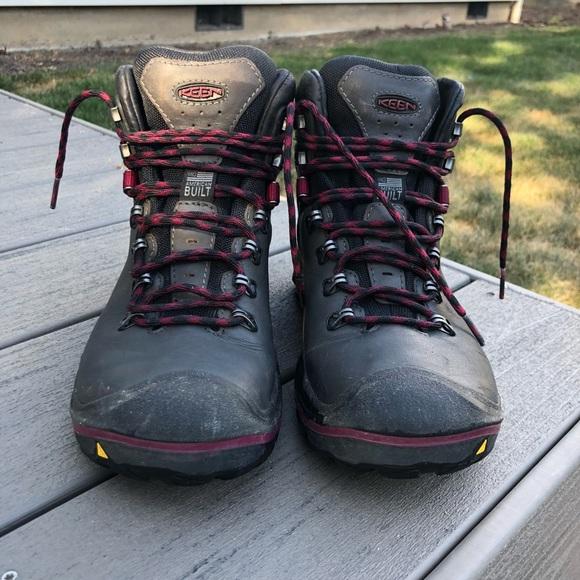 b4d84a2d6d7fc Keen Liberty Ridge Hiking Boot